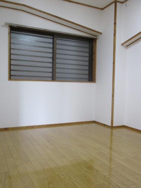 丸英ビルⅢ(2LDK;中部屋)参考画像8